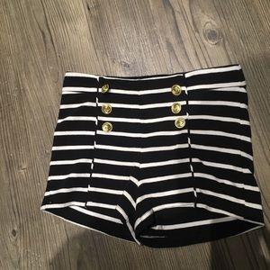 Forever 21 size M black white striped sailor short